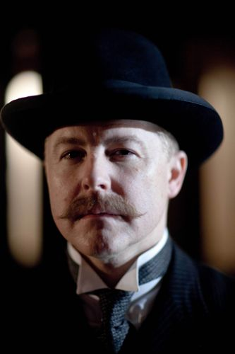 Samuel West as Frank Edwards.