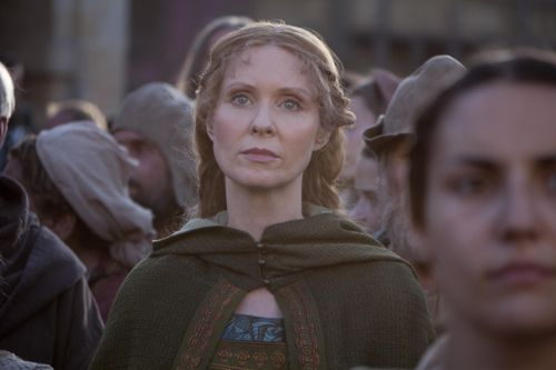 Cynthia Nixon as Petranilla.