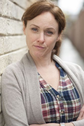 Jennifer Hennessy in Blood Ties.