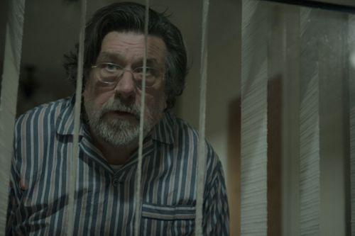 Ricky Tomlinson as Ken Burton.