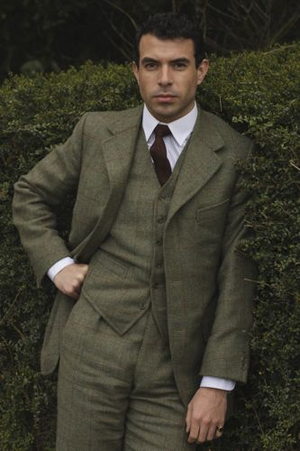 Tom Cullen - introduced later in the series as Lord Gillingham.
