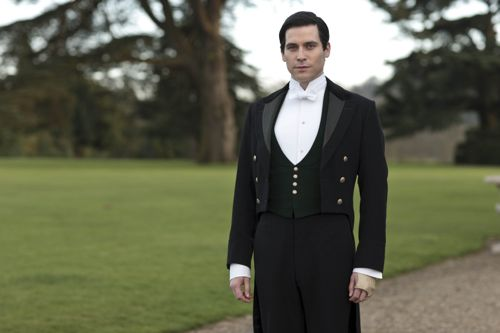 Rob James-Collier as Thomas Barrow.
