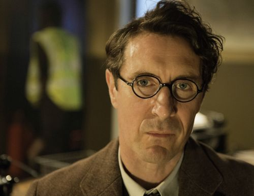 Paul McGann as John Richards.