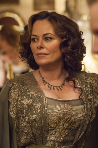 Polly Walker as Delphine Day.