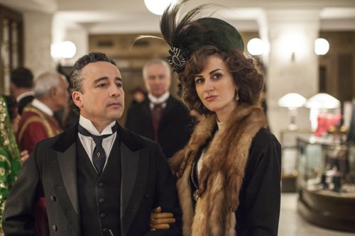 Aidan McArdle and Katherine Kelly as Lord and Lady Loxley.