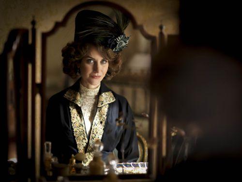 Katherine Kelly as Lady Mae.