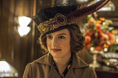 Aisling Loftus as Agnes Towler.