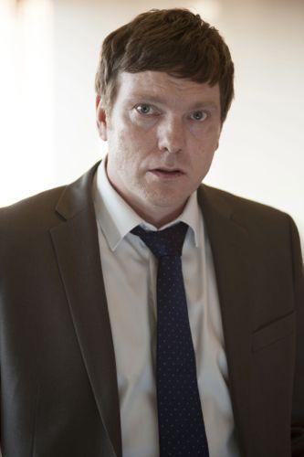 Andrew Tiernan as Pete.