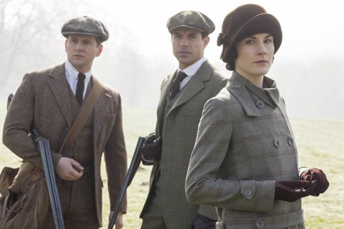 Tom Branson (Allen Leech), Lord Gillingham (Tom Cullen) and Lady Mary (Michelle Dockery).