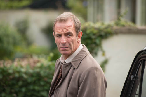 EMABARGOED_UNTIL_25TH_SEPTEMBER_GRANTCHESTER_EP1_13-9
