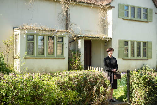 EMABARGOED_UNTIL_25TH_SEPTEMBER_GRANTCHESTER_EP1_26-18