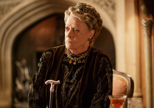 EMBARGOED_UNTIL_13TH_OCTOBER_DOWNTON_EP5_26-1