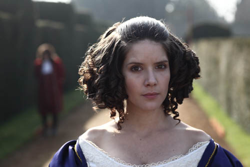 Sonya Cassidy as the Queen.