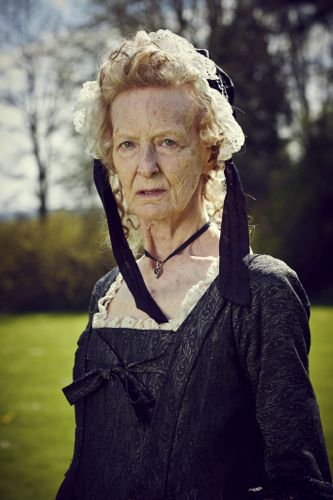 Caroline Blakiston as Aunt Agatha.