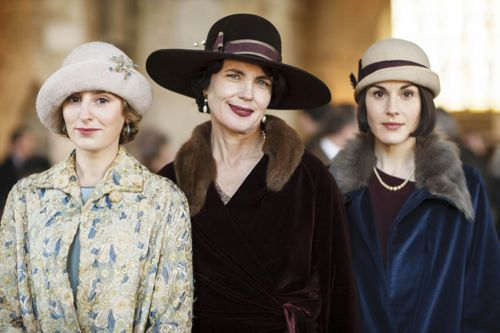 Edith (Laura Carmichael), Cora (Elizabeth McGovern) and Mary (Michelle Dockery).