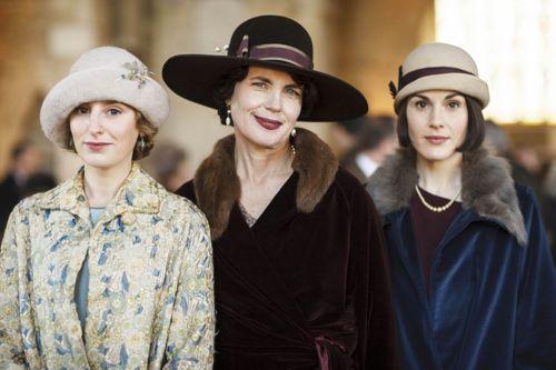 Edith (Laura Carmichael), Cora (Elizabeth McGovern) and Mary (Michelle Dockery).