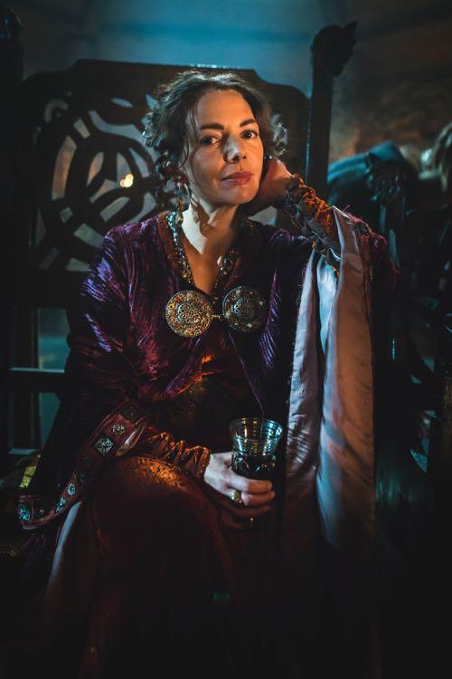 Joanne Whalley as Rheda.