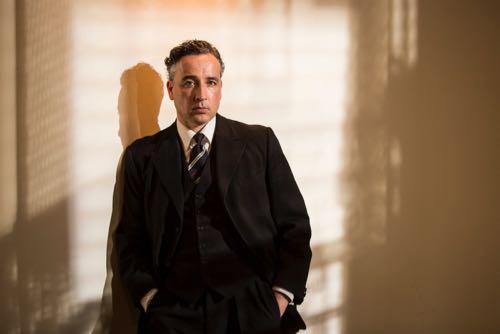 Aidan McArdle (Judge Comeliau).