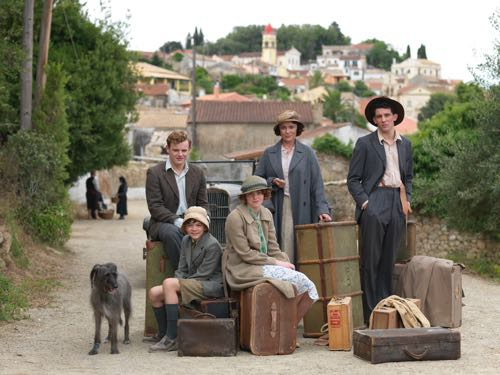 THE_DURRELLS_EP1_02