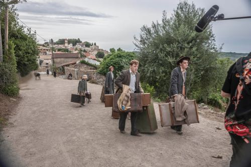 THE_DURRELLS_EP1_08