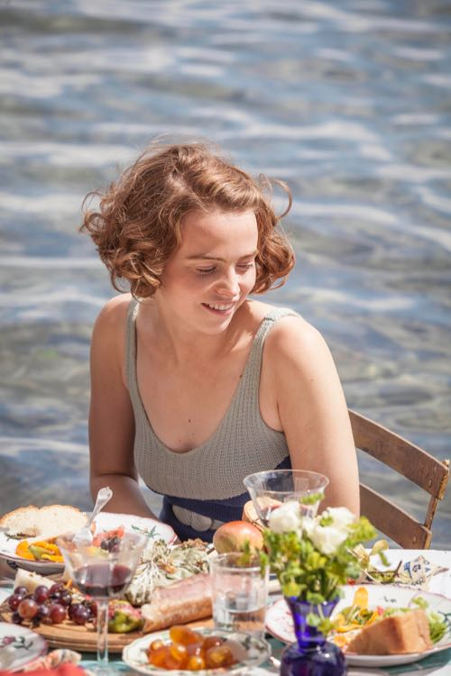 THE_DURRELLS_EP2_29
