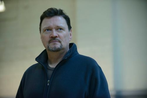 Ian Puleston-Davies as Peter.